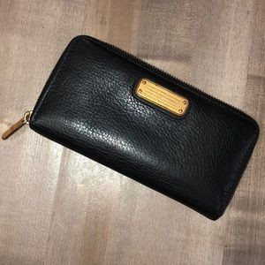 "GUC Marc Jacobs ""Q Vertical Zip"" wallet black"